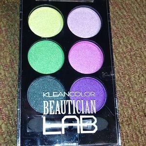 COPY - KLEANCOLOR Beautician Lab eyeshadow palette